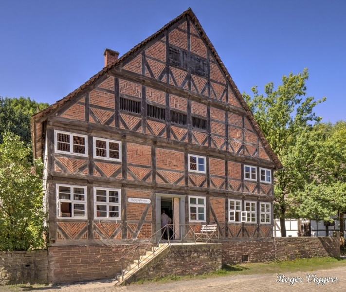 Zeddies house from Grohnde built in 1731 on a leased farm. The builder, Wilhem Zeddies, was one of the larger farmers in the village with about 23 hectares (56.8 acres) of land most of which was under cultivation.