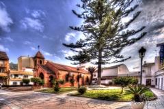 Parroquia de San Luis de Sabinillas, Plaza San Luis, San Luis De Sabinillas